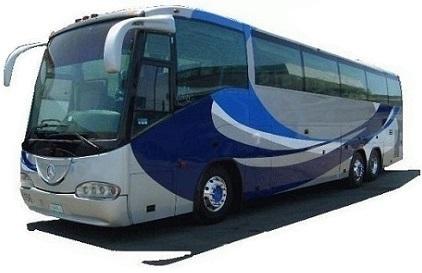 Stor buss som besørger VIP-transport for bryllupsgjester